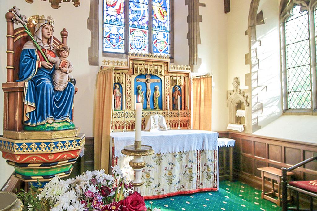 WALSINGHAM – ENGLAND'S NAZARETH - World Priest